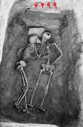 اسکلتهای سه هزار ساله